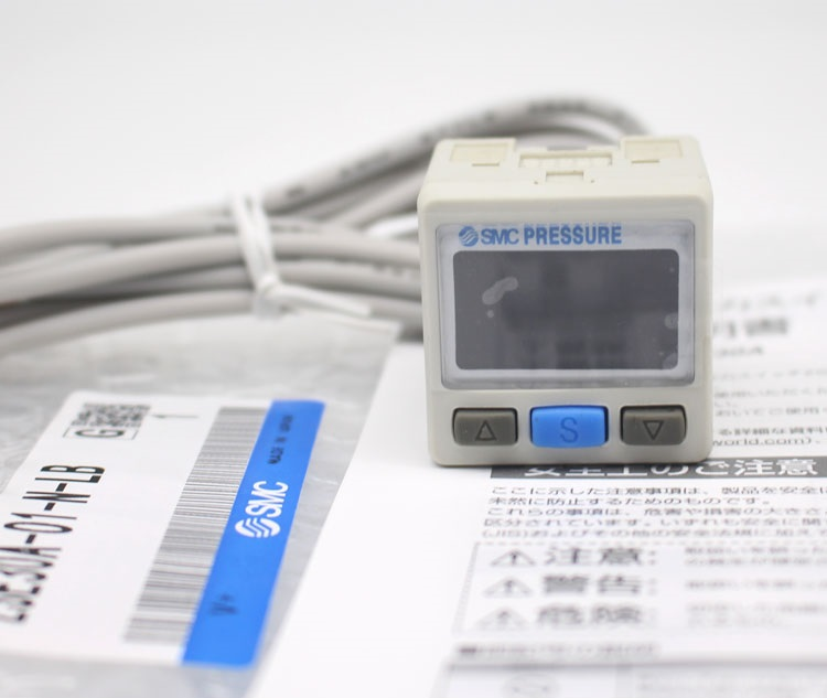 NEW for SMC ISE30A-01-N-L Pressure Switch